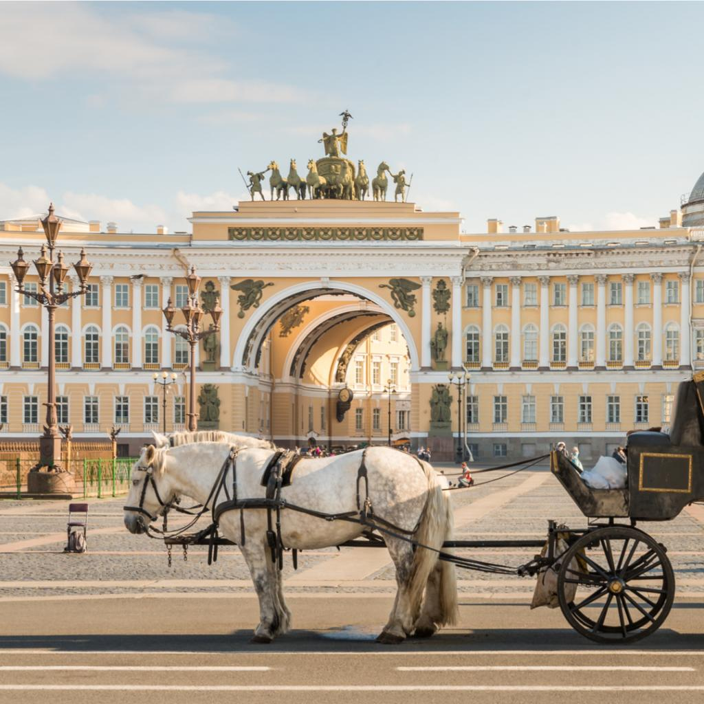 The State Hermitage Museum_Lähialuematkat Russian Tours